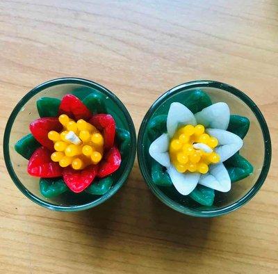 Handgemaakte bloemkaars in glas