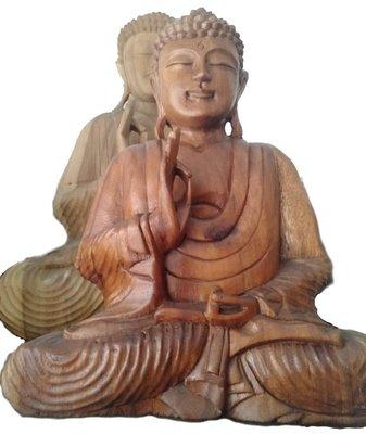 Houten Boeddha, Natural