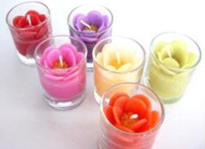 Handgemaakte kaars in glas
